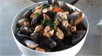 Mussels in Aromatic Coconut Broth